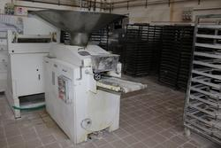 Esmach dough divider machine - Lot 21 (Auction 3961)