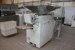Esmach dough divider machine - Lot 23 (Auction 3961)