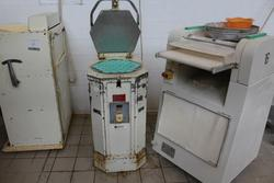 Hexagonal dividing machine - Lot 8 (Auction 3961)