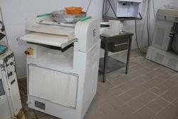 Macchina formatrice per panini Esmach - Lotto 9 (Asta 3961)
