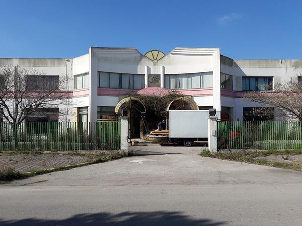 1#3982 Cessione del compendio aziendale di Centroesse Casa srl