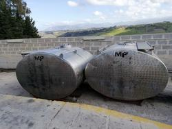 Stainless steel tanks - Lot 9 (Auction 3984)