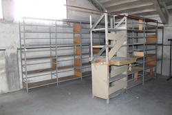 Light shelving - Lot 25 (Auction 3985)