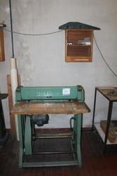 Drilling and creasing machine - Lot 38 (Auction 3985)