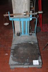 Scale - Lot 63 (Auction 3985)