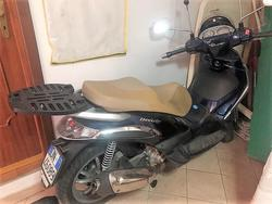 Piaggio Beverly 300 Tourer scooter - Lot 1 (Auction 3990)