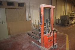Transpallet - Lot 103 (Auction 3995)