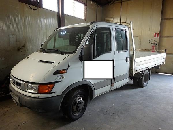 5#3997 Autocarro Iveco Daily