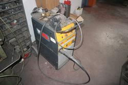 Wire welding machine - Lot 41 (Auction 3998)
