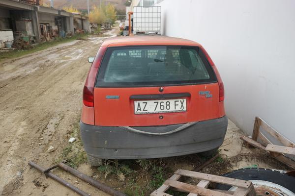 Immagine n. 2 - 315#4001 Automobile Fiat Punto