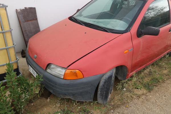 Immagine n. 4 - 315#4001 Automobile Fiat Punto