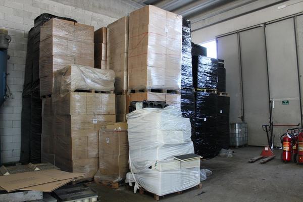 Immagine n. 1 - 132#4006 Stock di vaschette termoformate