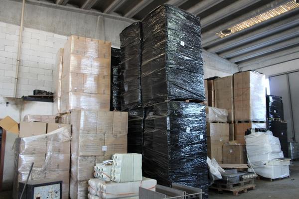 Immagine n. 3 - 132#4006 Stock di vaschette termoformate