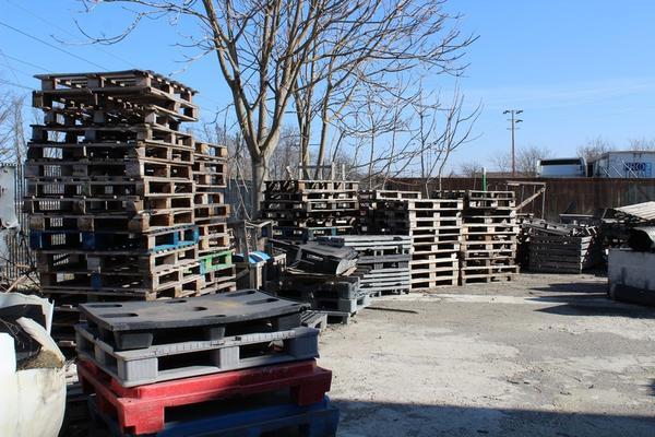 Immagine n. 1 - 134#4006 Bancali in legno