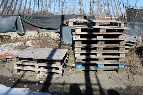 Immagine n. 2 - 134#4006 Bancali in legno