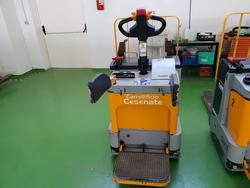 Electric pallet truck and battery charger - Lot 7 (Auction 4009)
