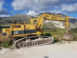 CAT excavator - Lot 6 (Auction 4036)
