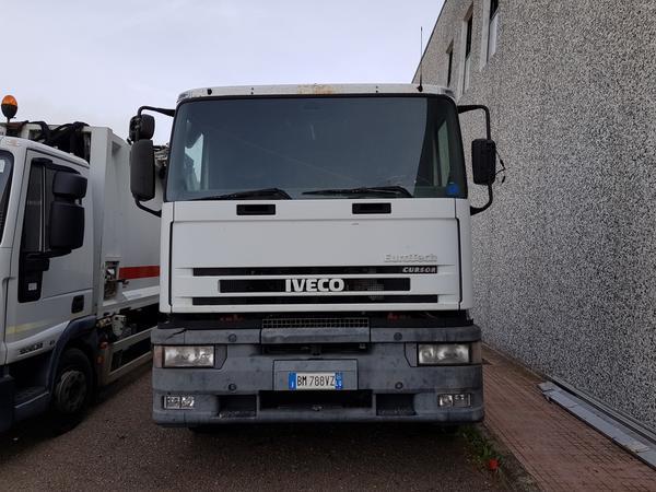 1#4043 Iveco 260 Multilift