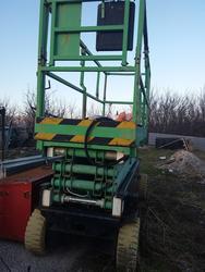 Vertical Platform - Lot 11 (Auction 4045)