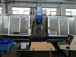 Hitachi Seiki VK65 vertical machining center - Lot 7 (Auction 4048)