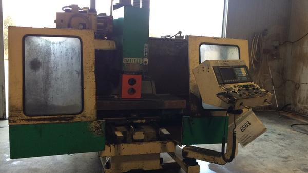 2#4049 Centro di lavoro verticale DAH-LIH mod. MCV 720