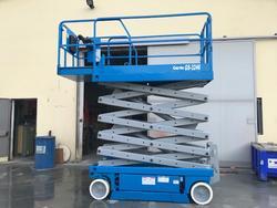 Genie GS 3246 vertical pantograph platform - Lot 2 (Auction 4058)