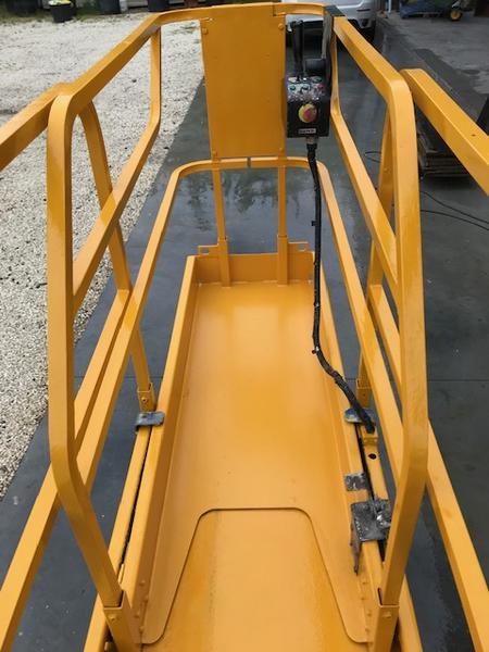 Immagine n. 2 - 3#4058 Piattaforma verticale a pantografo Haulotte Optimum 8
