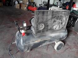 Balma belt compressor - Lot 10 (Auction 4060)