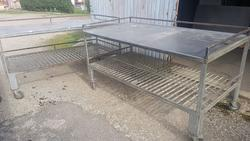 N 4 Iron tables with steel top - Lot 6 (Auction 4060)