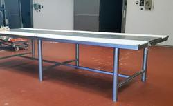 Tavolo in acciaio e teflon - Lotto 104 (Asta 4068)