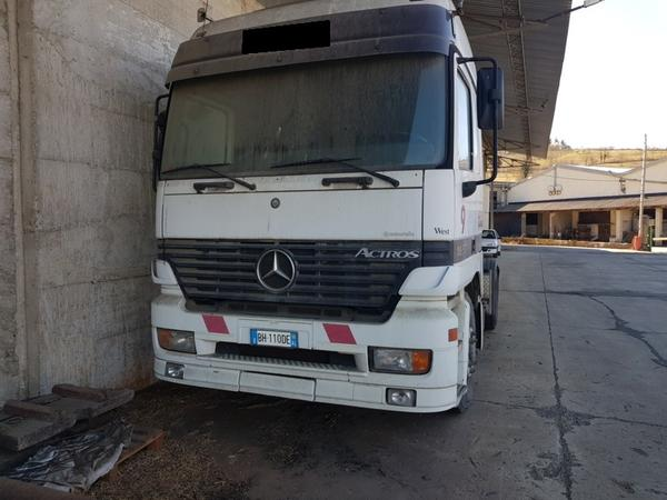 11#4069 Trattore stradale Mercedes Actros