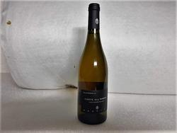 Red and white Terre Siciliane wine bottles - Auction 4072