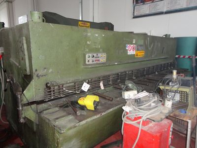 Shearing machine OMAG - Lot 72 (Auction 408)