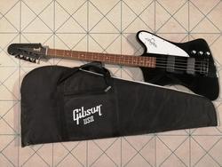 Gibson bass guitar - Lote 26 (Subasta 4096)