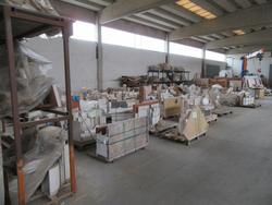 Warehouse for fireplace and slab coverings - Lot 100 (Auction 4099)
