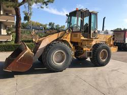 Caterpillar 928F wheel loader - Lot 2 (Auction 4109)