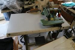 Rimoldi electric machine to slip stitch - Lote 3 (Subasta 4126)
