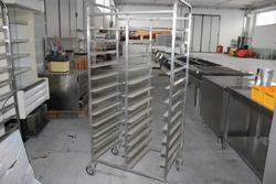 Trolley for baking tray - Lot 48 (Auction 4128)