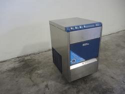Ice maker - Lot 51 (Auction 4128)