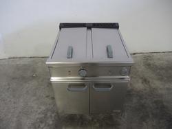 Fryer - Lot 52 (Auction 4128)