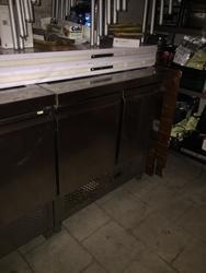 TN refrigerated counter - Lote 17 (Subasta 4135)