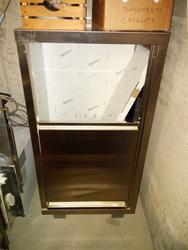 Hanging wardrobe - Lot 7 (Auction 4135)