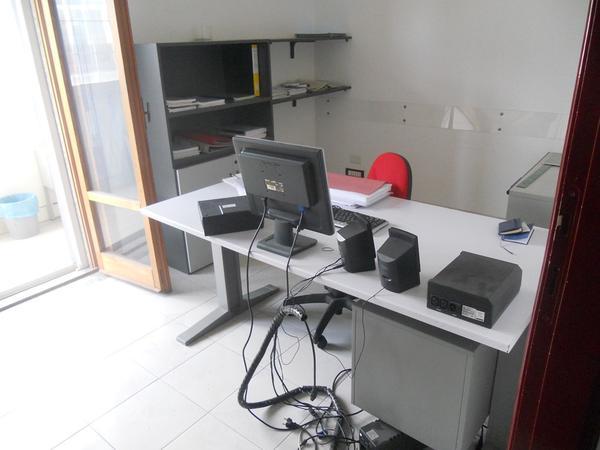 11#4136 Arredi ufficio