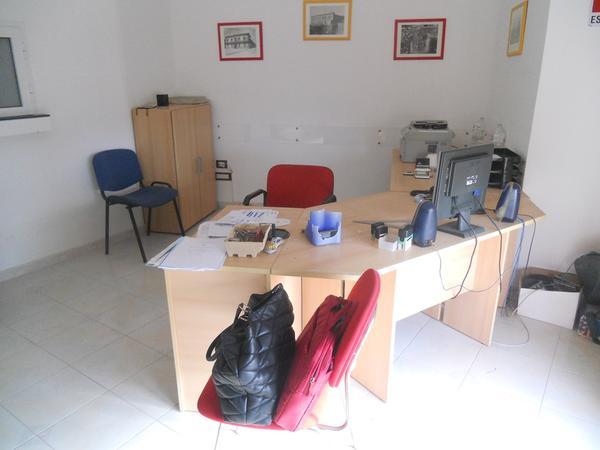8#4136 Arredi ufficio