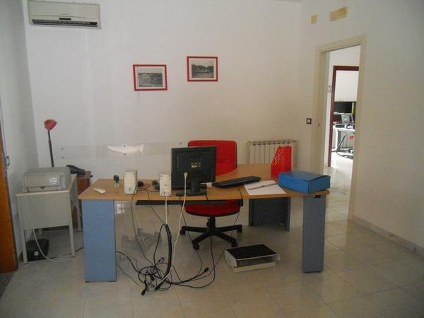 9#4136 Arredi ufficio