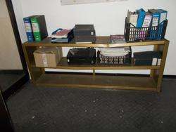 Acer laptop and shelving - Lote 14 (Subasta 4138)