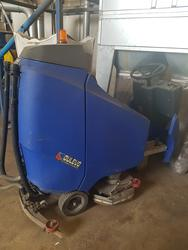 Dulevo H815 Hydro power industrial sweeper - Lot 4 (Auction 4152)