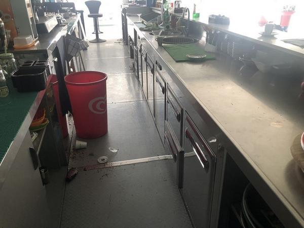 Immagine n. 40 - 2#4168 Arredi e attrezzature per bar