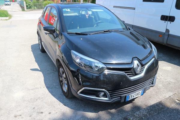 1#4171 Autovettura Renault Captur