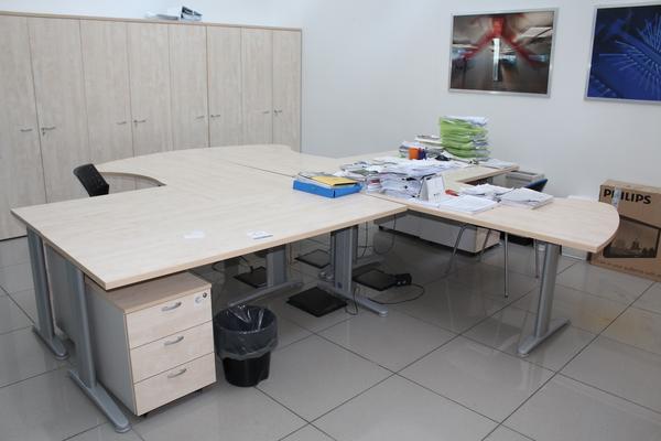 12#4176 Arredi ufficio
